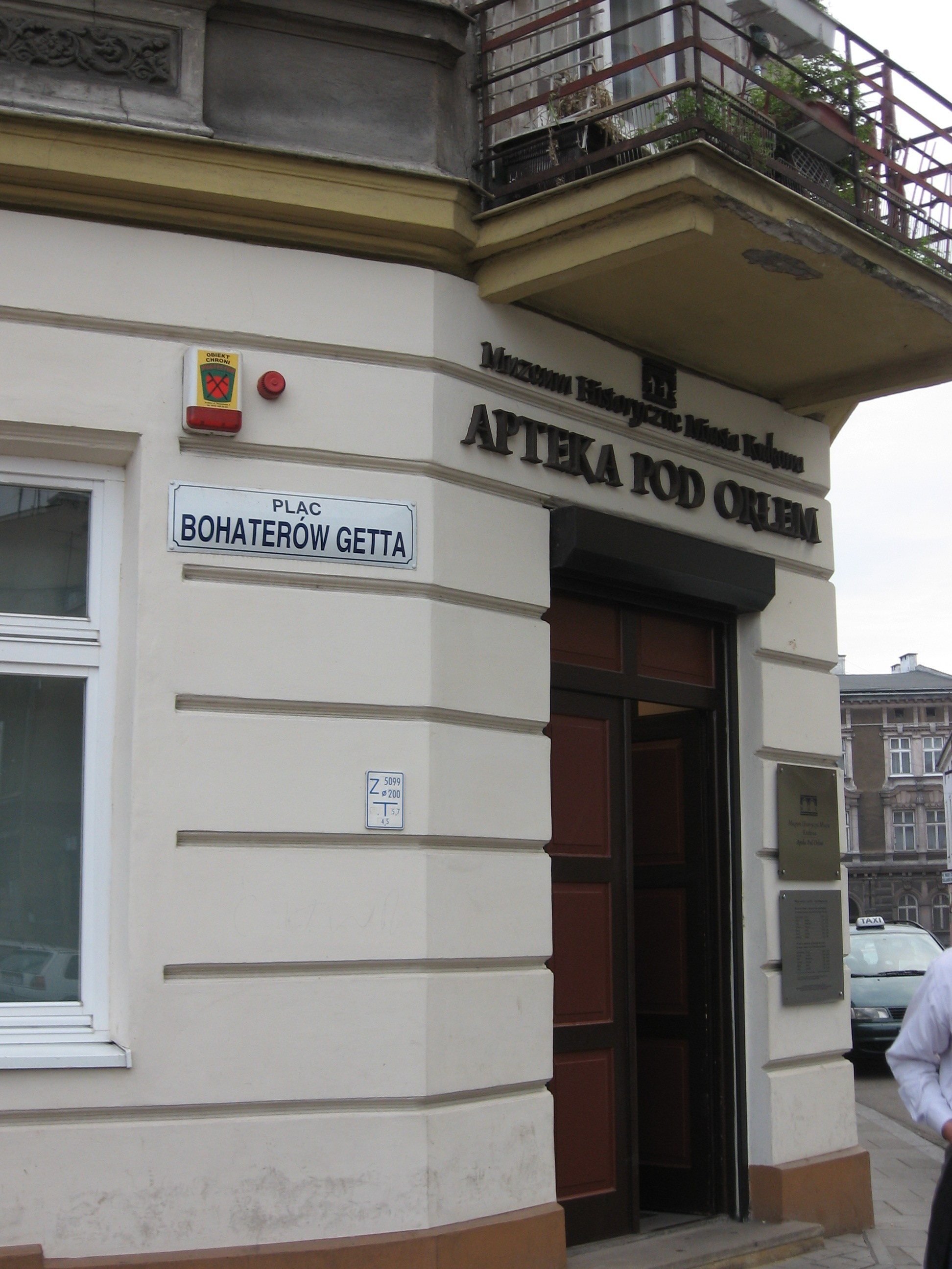 Apotheke-zum-Adler-Ghetto